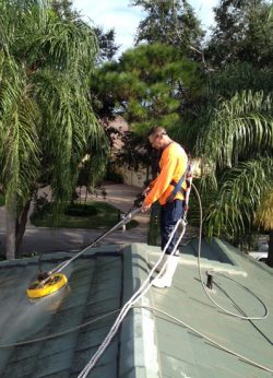 Safe Roof Cleaning 101 Faq S Roof A Cide 174 West